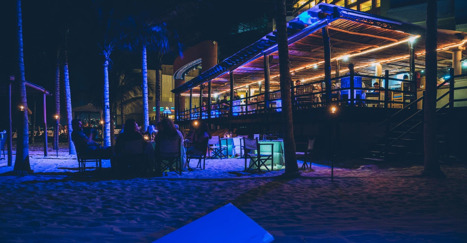 Deck nyx hotel cancun